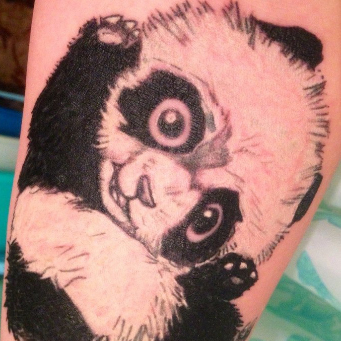 татуировка - маленькая панда