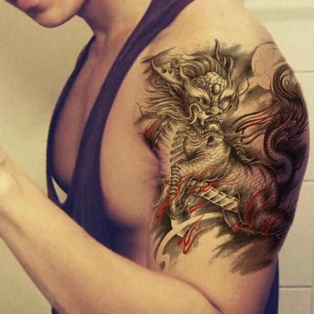 мужская татуировка дракона на руке
