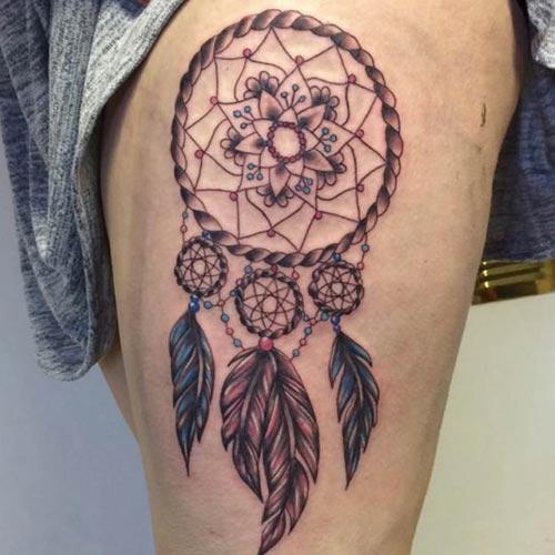 татуировка - ловец снов на ноге